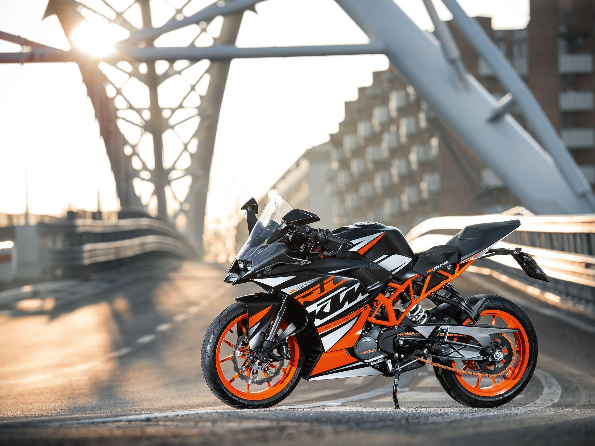 KTM RC 125 Deliveries Begin In India | Mowval Auto News
