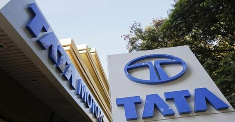 Tata motors partners with financial institution to give financial offerings to commercial vehicle customers