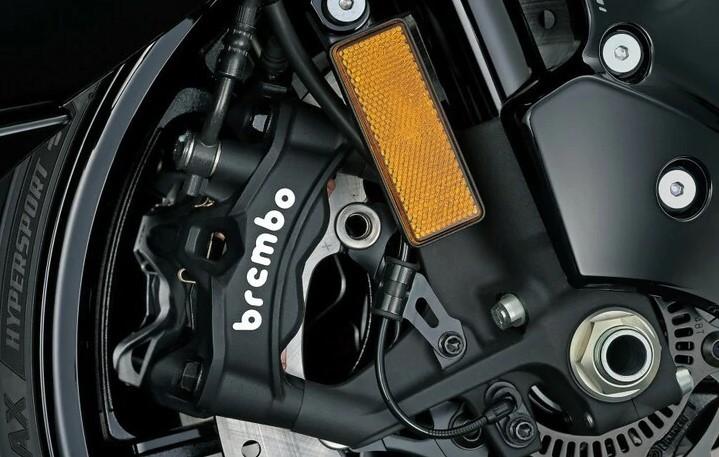 Suzuki Hayabusa 2021 brakes