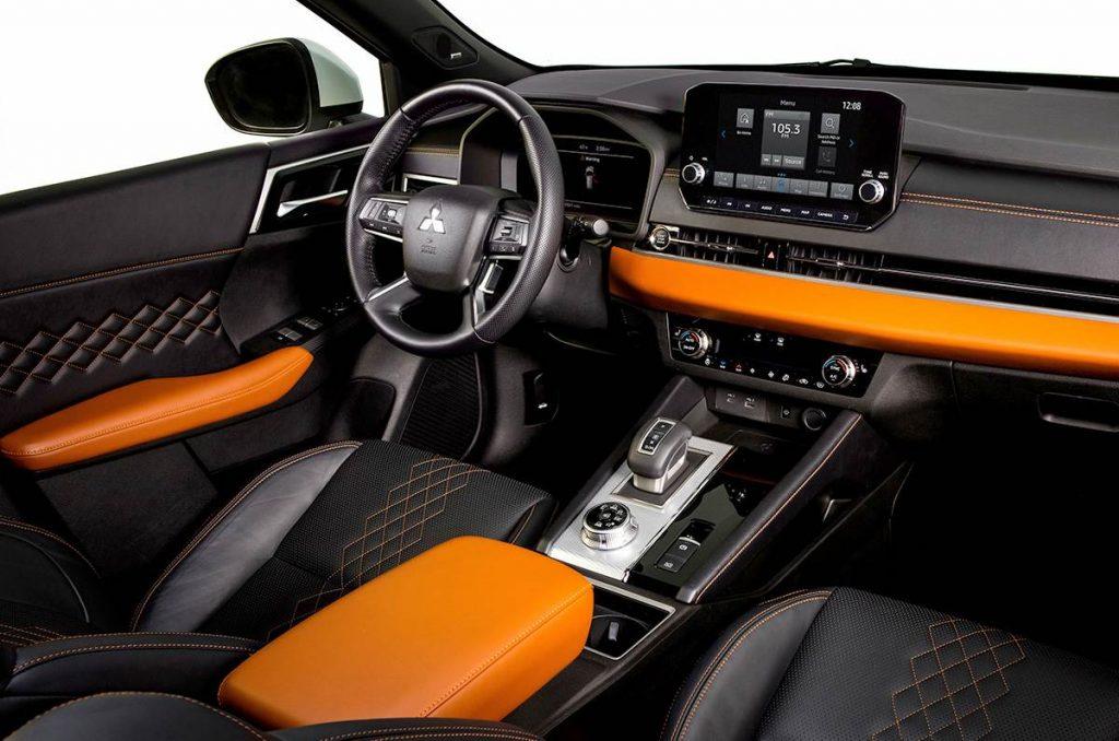 Mitsubishi Outlander 2021 Interior