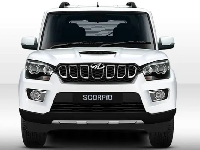 Mahindra Scorpio is offered with discount offers of up to Rs. 36,542