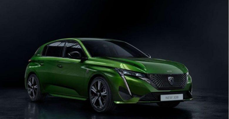 Olivine Green color Peugeot 308