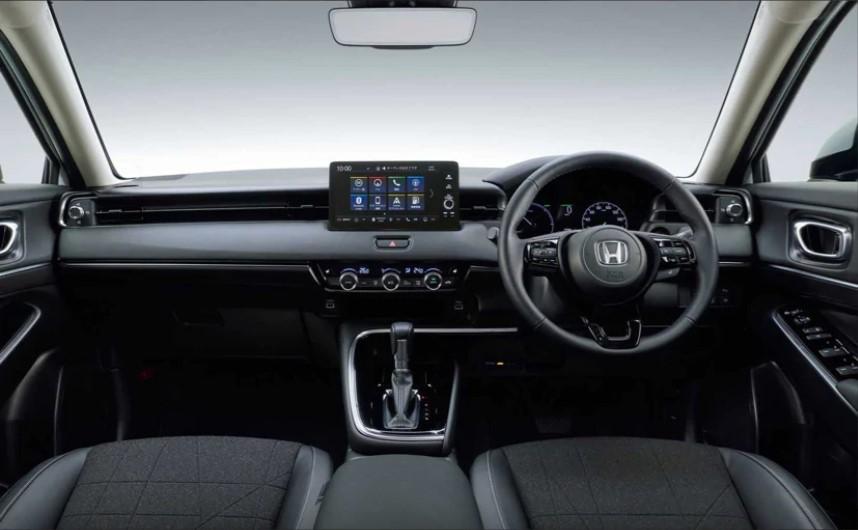 Honda HR-V e: HeV Interior
