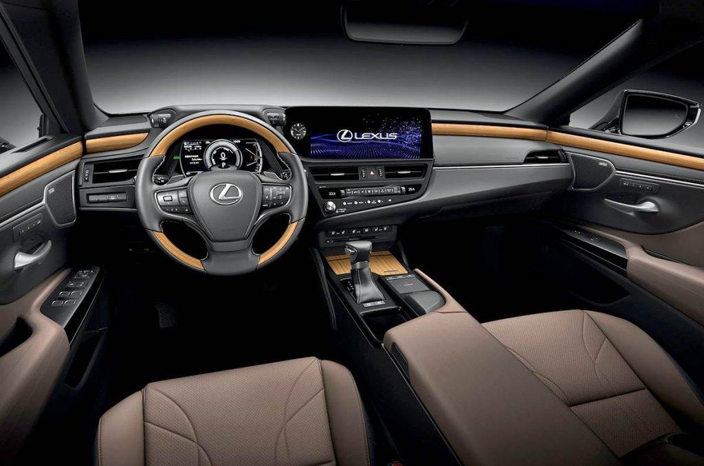 Lexus ES 2022 interior