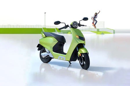 Best electric scooter in India 22Kymco iFlow