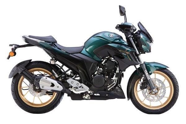 Yamaha FZS 25 is priced at ₹1,39,300